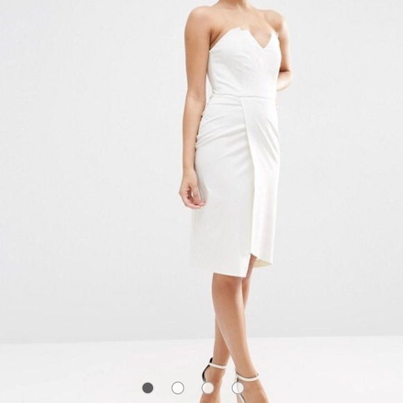 b53ea47b9f77 ASOS Dresses & Skirts - White ASOS bandeau midi dress